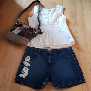Levi's 515 shorts with flowers size 14